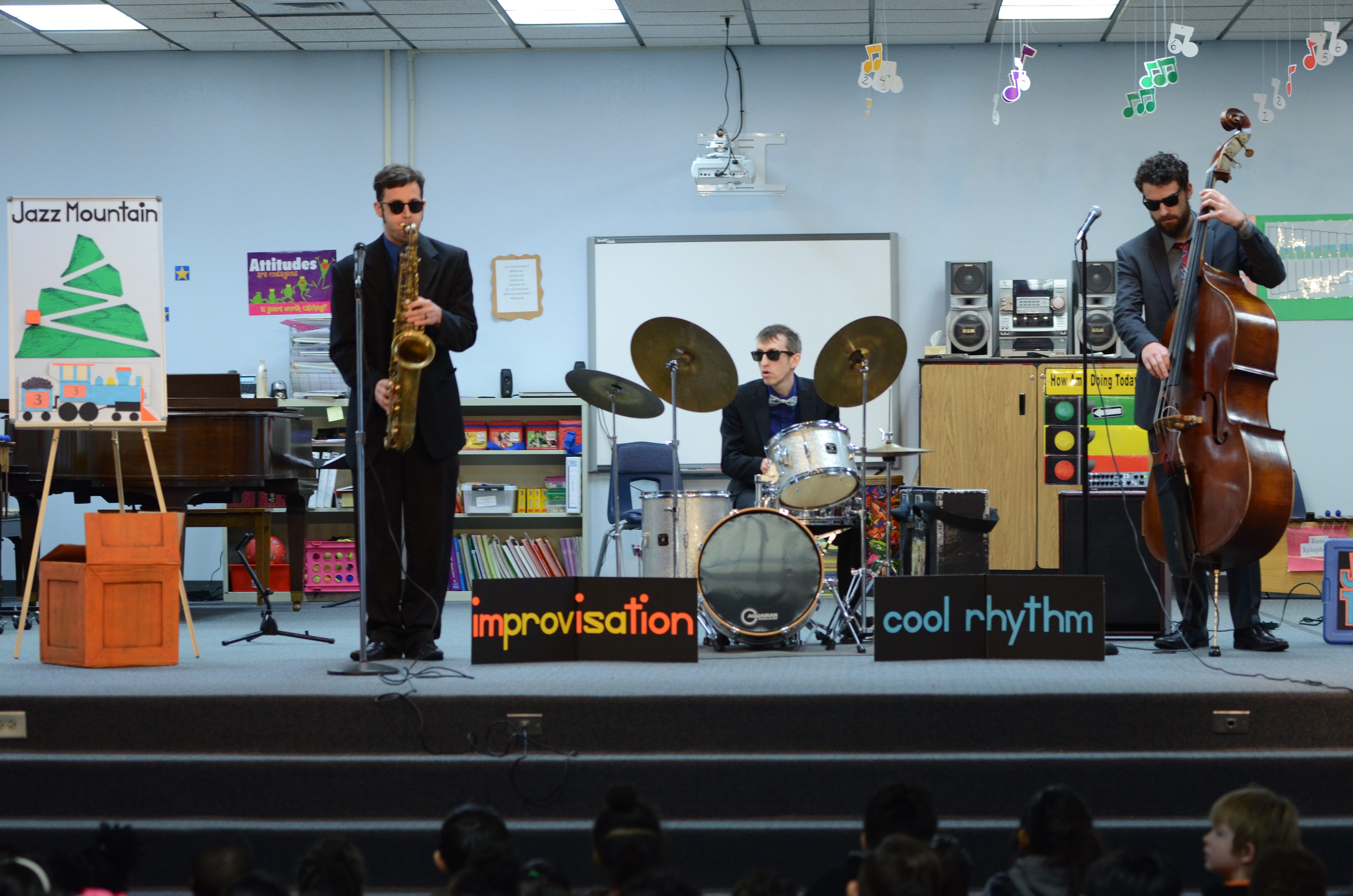 A photo of an in school jazz performance